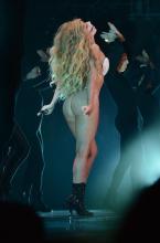 Lady Gaga - MTV Video Music Awards, 8/25/2013