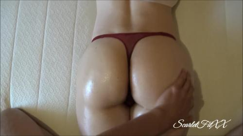 ScarletFitXX - Thicc Stepsis Wanted an Oiled up Butt Massage... - Fit Amateur ScarletFitXX [FullHD 1080P]