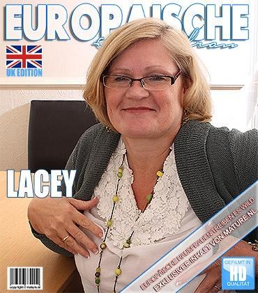 Mature - Lacey Starr (EU) (54) - Britische Vollbusige BBW geht wild