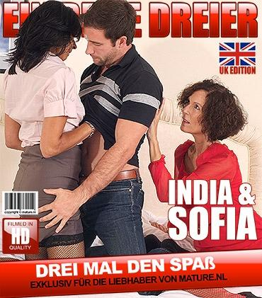 Mature - India F. (EU) (55), Sophia (EU) (47) - Britische Hausfrauen ficken und saugen