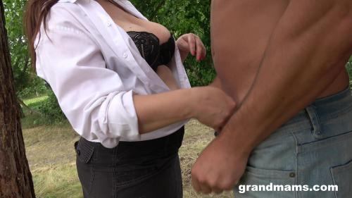 Amanda And Her Young Secret Lover [FullHD 1080P]