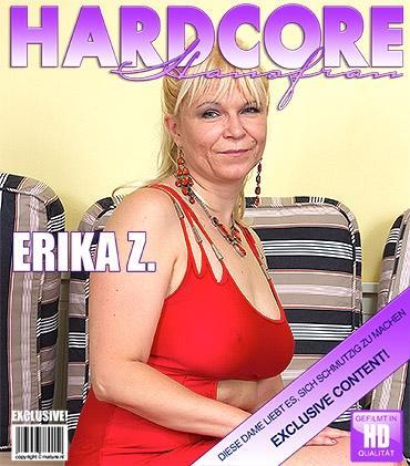 Mature - Erika Z. (45) - Mature slut fucking and sucking a younger dude