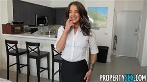 propertysex-19-08-23-evelin-stone-im-just-the-agent.jpg