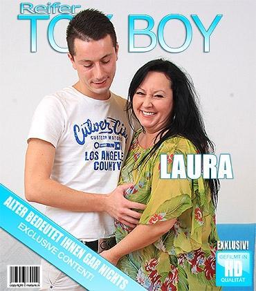 Mature - Laura W. (46) - Pummelige reife Dame knallt ihren Toyboy