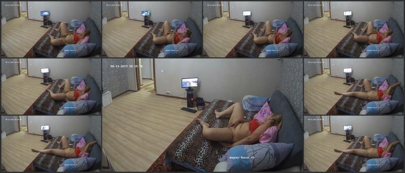 Voyeur_house_tv_08-14_200049