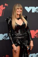Heidi Klum @ MTV Video Music Awards in Newark | August 26 | 14 pics