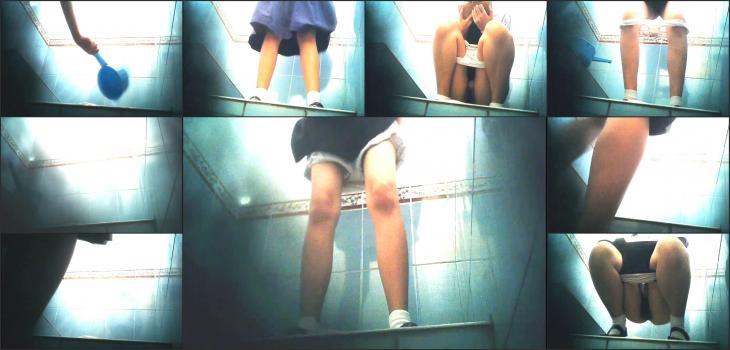 thai woman toilet 3