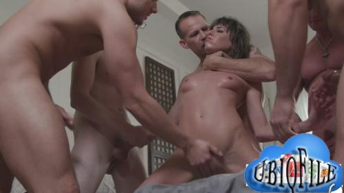 Vera King – My Wife's First Blow Bang Vol  3