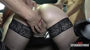 sperma-studio-19-08-28-miss-loly-gets-ass-fucked.jpg