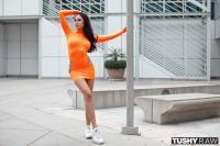 Ariana-Marie-SO-Tight-w7eei0atv7.jpg