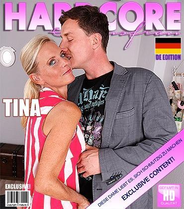 Mature - Dirty Tina (EU) (47) - Deutsche Heiße Hausfrau fickt und saugt