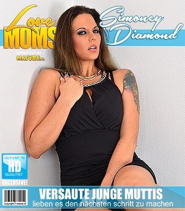 Mature - Simony Diamond (32) - Heiße mama geht wild