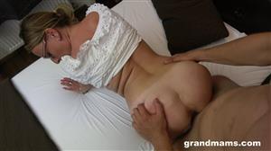 grandmams-19-09-10-horny-mature-secretary.jpg