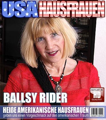 Mature - Ballsy Ryder (60) - Amerikanisch ältere Dame fummelt herum