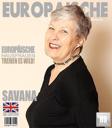 Mature - Savana (EU) (58) - Britische ältere Dame fummelt herum