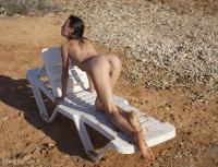 H3GR34RT - Alice - Nudist Beachz7cvtanyxm.jpg
